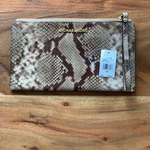 Michael Kors Lg Grey ZIP Clutch Embossed Leather